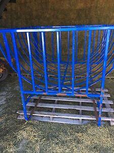 Marweld goat 4x5 round bale feeder