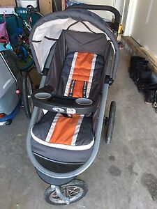 Graco jogging stroller click connect