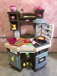Little Tikes Cook 'n Learn Smart Kitchen™ Playset