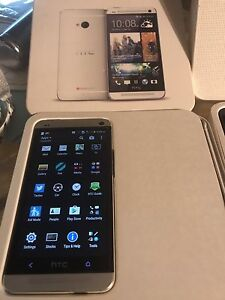 Cell phone HTC ONE M8