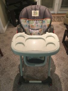 High Chair by Baby-Trend
