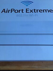 Apple AirPort Extreme WiFi Internet Router