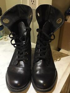 BRAND NEW NINE WEST ANKLE BOOTS