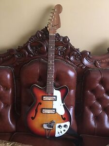 1970's Saturn hollow body electric guitar