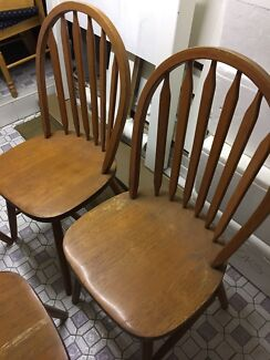 Solid timber dining chair