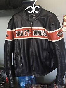 Harley Davidson vented leather riding jacket 2XL
