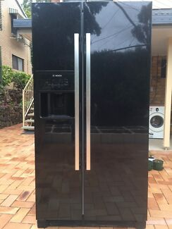 Bosch fridge 603L, can deliver nearby for $50 plus .
