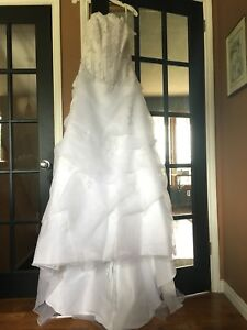 NEW wedding dress size 8 (make an offer)