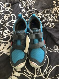 Boys Plae brand sneakers size 2- brand new