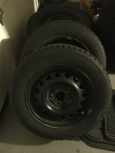 Toyo observe G2S studded tires