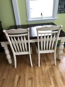 Table,chairs,buffet and hutch
