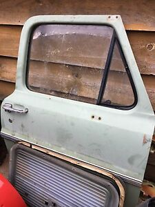 1975 Ford F100 Original Doors