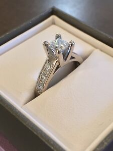 Reduced!! 14kt white gold 4-prong and beadset engagement ring