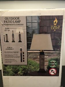 Cordless outdoor patio lamp (brand new)