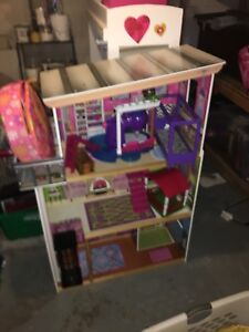 Girls doll house with furniture