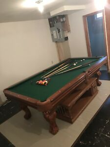 Mint condition sportscraft pool table lightly used