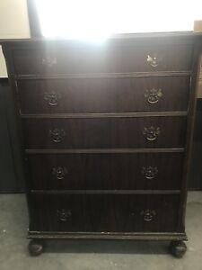 Two matching beautiful vintage dressers