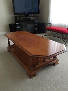 Table de salon en érable