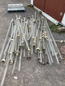 Lots de Pyrex en tuyaux