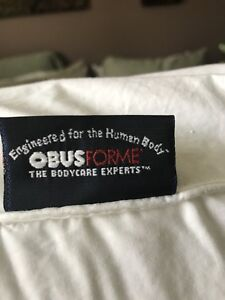 Obus Form firm body pillow