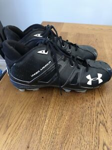 Under armor Football cleats size 12