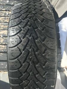 Goodyear Nordic Winter 215/65/R16