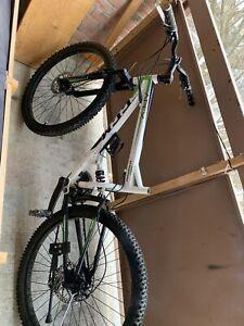 CCM mountains bike