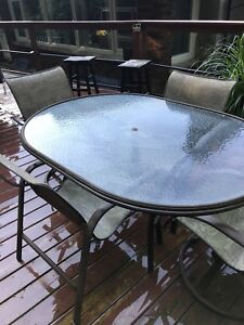 Patio table sold PPU