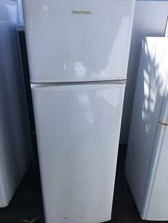 Fisher and paykel 250L fridge