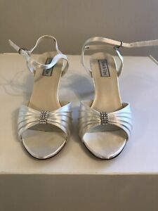Deb/Wedding shoes Narre Warren Casey Area Preview