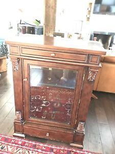 Bar or display cabinet