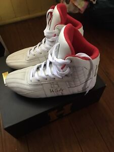 Limited edition H1 Hummer Pro Fitness shoes as new