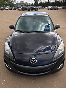 **JUST REDUCED** FULLY LOADED MAZDA 3