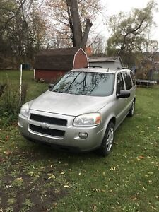 08 chevy uplander (parts only)