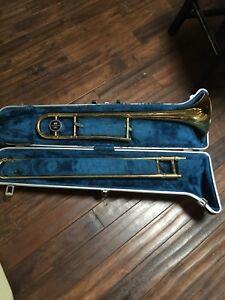 Trombone Cleveland 605 in Great shape KELOWNA