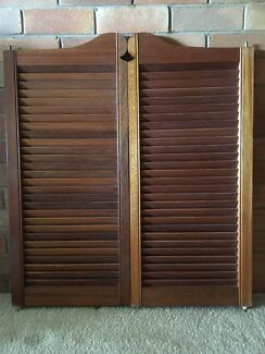 Collection Wooden Slat Doors Pictures - Luciat.com - Images Design