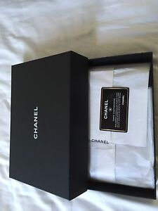 Chanel wallet on a chain Bondi Eastern Suburbs Preview
