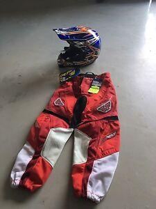 Kids helmet and racing pants
