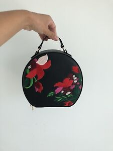 Embroidered purse (crossbody bag)