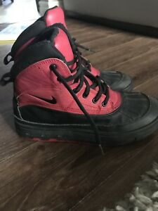 Nike Winter Boots size 6