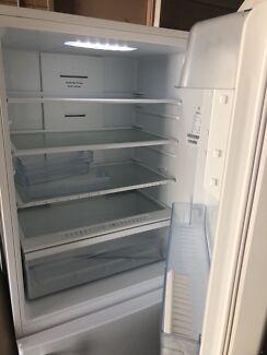 Hisense 520l fridge