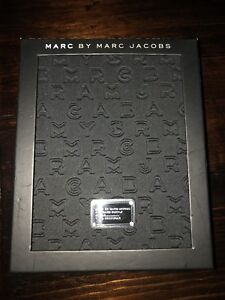Marc Jacobs IPad 2/3/4 Book case Brand New