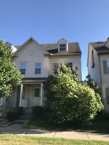 Townhouse for Rent Oakville