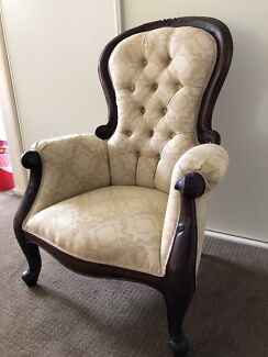 BEAUTIFUL ANTIQUE ARMCHAIRS IN GREAT CONDITION