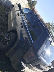 2005 Jeep Grand Cherokee Limited  5.7