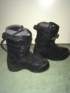 Thirty-two Vader Snowboard Boots