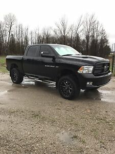 2012 lifted Dodge Ram sport REDUCED