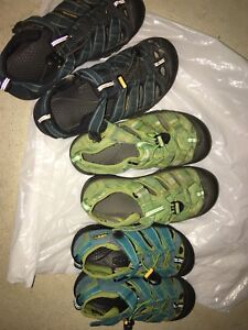 Keen sandals youth sizes 1,3 and 4