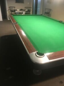 5x10 Gold Crown Snooker Table