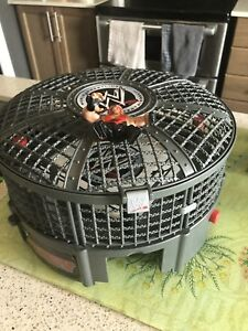 2008 Jakks Pacific WWE Wrestling Chamber Cage Ring